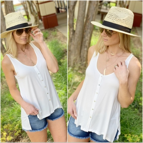 Infinity Raine Tops - Ivory Button Up Sleeveless Tunic